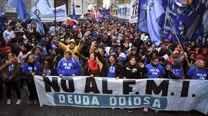 Protestas multitudinarias contra la visita del FMI a Argentina - Tercera Información -Tercera Información