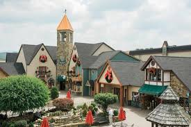 Christmas Place (Pigeon Forge, TN): Visiting Christmas Place (with ...