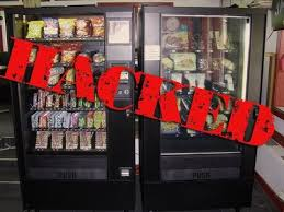How To Get Free Food Out Of Vending Machine Impressive How To Hack Any Vending Machine So U Can Get Free Fooddrinks