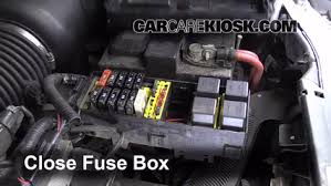 blown fuse check 1995 1998 ford windstar 1996 ford windstar gl 6 replace cover secure the cover and test component