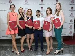 В Первом МГМУ им Сеченова вручили дипломы РИА АМИ В Первом МГМУ им Сеченова вручили дипломы