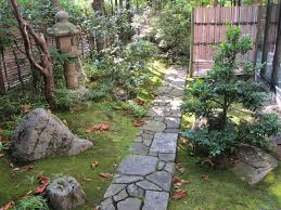 Zen Garden Designs For Small Spaces The Complete Guide To Small Japanese Gardens Shizenstyle