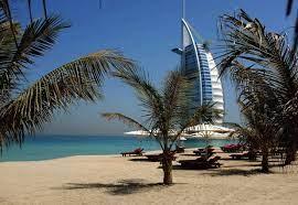 دبي تعود إلى نشاطها السياحي في تموز