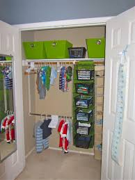 Organization Tips For Small Bedrooms How To Organize A Small Bedroom Closet Small Bedroom Closet