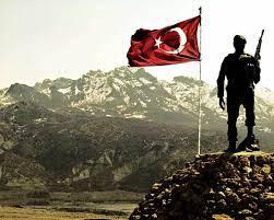Türk Bayrağı ve Şehitler - Home