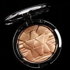 <b>Mac oh darling</b>, Pink makeup brush, Makeup store