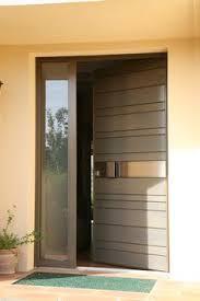 porte d entrée en bois red cedar nativ 2 de zilten entrouverte
