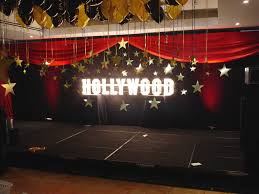 Hollywood Sign Decoration Black backdrop with Hollywood sign and gold cardboard stars 100th 2