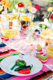 DIY Cinco de Mayo party decorations ...