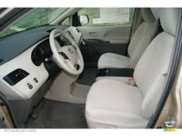 View 2012 Toyota Sienna Interior Designs And Colors Modern Cool On ...