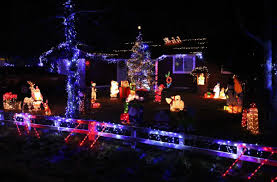 Christmas Light Contest 2018 Derby Street Couple Wins 2018 Holiday Lights Competition