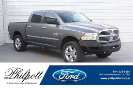 Used 2013 Ram 1500 Lone Star 4WD Crew Cab 140.5 For Sale near ...