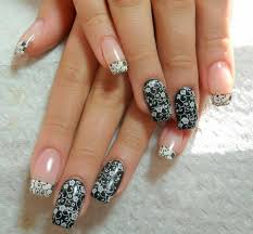 Exciting Nail Art ideas for New Year and Christmas celebrations ...