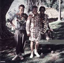 Hillary, Hunt and Tenzing Norgay wearing garlands of flowers, After... News  Photo - Getty Images