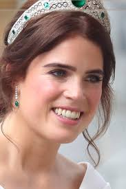 princess eugenie s wedding makeup vs kate middleton s proves bridal glam is all about the eyes