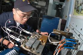Aviation Electronics Technician File Us Navy 050530 N 1332y 141 Aviation Electronics Technician 3rd