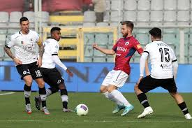 Serie B: il Benevento pareggia 1-1 con il Pisa, Cittadella ...