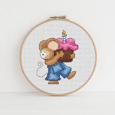 Furry Tales Cupcake Mouse Cross Stitch Pattern
