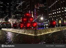 Manhattan New York Dezember 2017 Rote Christbaumschmuck
