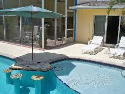 swimming pool swim up bar CHARMING SOUTH BEACH STYLE PRIVATE POOL