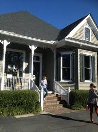 Set in a quaint little victorian home, roast all their own coffee beans this is what a coffee shop is supposed to be. Entrance To Carpe Diem Picture Of Carpe Diem Coffee Tea Co Mobile Tripadvisor