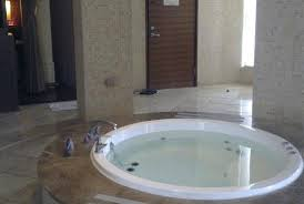 round bathtub bathtub dimensions sizes bathtub refinishing chicago
