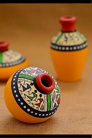 warli painted miniature pot from unravelindia in