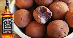 Add the whiskey and stir until fully mixed through. Salted Caramel Whisky Chocolate Truffles Recipe