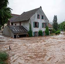Floods in Germany: Hundreds Missing and Scores Dead in Western Europe - The  New York Times