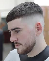 Untuk menumbuhkan rambut lebih cepat itu artinya kamu harus menutrisi rambut dengan lebih intens. 12 Pilih Gaya Rambut Pendek Pria Sesuai Bentuk Wajah Anda