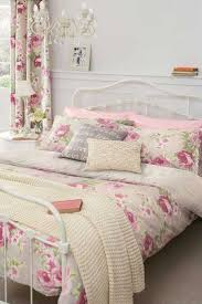 Shabby Chic Bedroom Decorating Ideas And Best Trends Images ...
