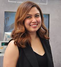 Kolours Hair Color Chart Philippines Lighter Colors And Waves Are The Newest Hair Goals