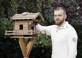 Vogelhaus Selber Bauen In 13 Schritten Zum Fertigen Vogelfutterhaus