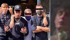Dark Polo Gang: Tony Effe pubblica su Instagram una foto con Side, poi la  rimuove