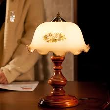 traditional bedroom lamps photo - 1