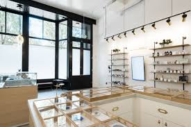 we strive to be a portland dispensary downtown that s both inviting and high quality in our offerings we provide a non intimidating informational way to
