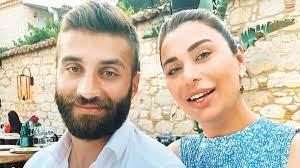 Futbolcu eşi Alpaslan Öztürk'ün yasağını deldi! Ebru Şancı taytlı pozunu  paylaştı
