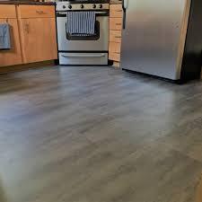 luxury vinyl flooring milwaukee