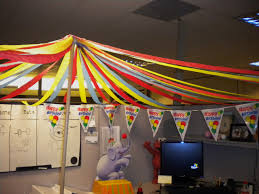 Cubicle Decorations For Birthday Big Top Circus Theme Cubicle Decorating Cubicle Decorating