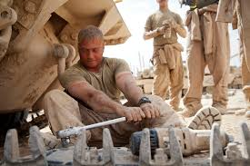 Tank Mechanic File U S Marine Corps Sgt Christopher Cannella A Tank