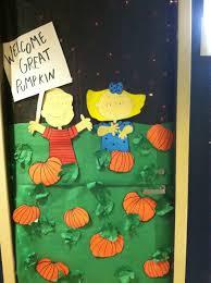 DIY Halloween Door decoration that was on a college dorm door, also great  with classroom