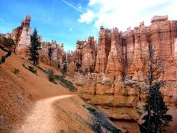 photographs of the queens garden trail bryce canyon national park the trail
