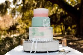 Flat Wedding Cake Designs Pin On Carmellas Wedding Cakes