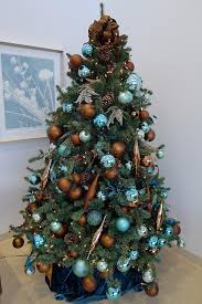 Christmas Photograph - Blue And Gold Xmas Tree by Richard Reeve