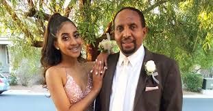 Teen girls date dad