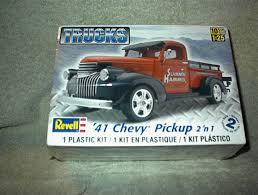 2007 Revell 41 Chevy Pickup 2 in 1 Model Kit Kits 1/25 Parts | eBay