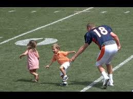 peyton manning kids. Peyton Manning Playing With His Kids N