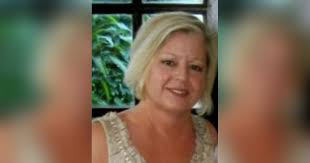Obituary for ROBIN ELAINE (GRIFFITH) GOLSTON | Whitwell Memorial Funeral  Home, Inc.
