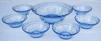 this listing is for a lovely vintage blue depression glass 7 piece dessert set the master bowl measures 23 cm in diameter and is 7 5 cm deep