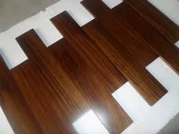 african oak wood flooring textured paloma 12 mm thick x 559